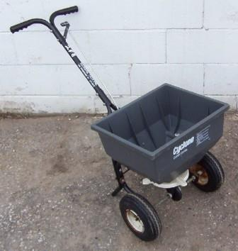 Where to find LAWN SPREADER,BROADCAST TYPE in South St. Paul
